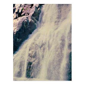 Norwegischer Wasserfall Postkarte