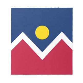 Notizblock mit Flagge von Denver-Stadt,