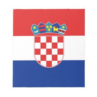 Notizblock mit Flagge von Kroatien