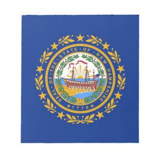 Notizblock mit Flagge von New Hampshire Staat