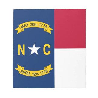 Notizblock mit Flagge von Nord-CarolinaStaat