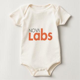 Nova-Labradore Baby Strampler