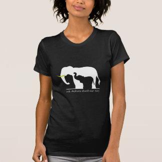 Nur Elefanten sollten Elfenbein tragen Tshirt