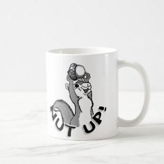 Nuss herauf Eichhörnchen Kaffeetasse