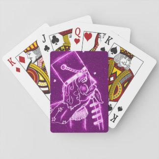 NUSSKNACKER-SPIELZEUG-SOLDAT in der Magenta Spielkarten