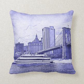 NYC Skyline-Brooklyn-Brücken-Boot geätzter Blick Kissen