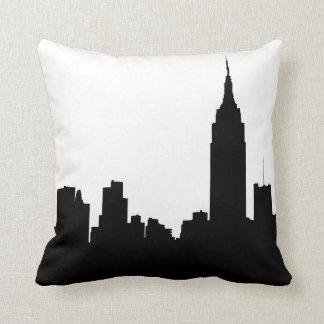 NYC Skyline-Silhouette, Reich-Staat Gbd #1 Kissen