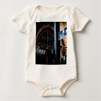 NYC Zeichen Baby Strampler