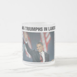 Obama-Triumphe in der Erdrutsch-Tasse Matte Glastasse