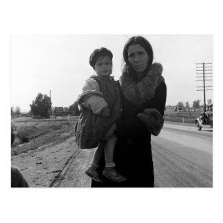 Obdachlose Mutter und Kind - 1939 Postkarte