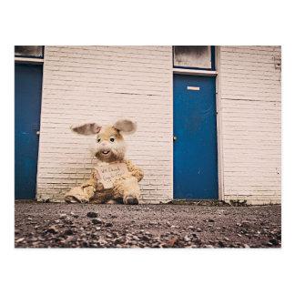 Obdachloses Häschen Postkarte
