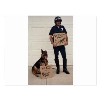 Obdachloses Polizist-T-Shirt Postkarte