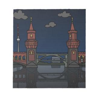 Oberbaum Brücke Berlin nachts Notizblock