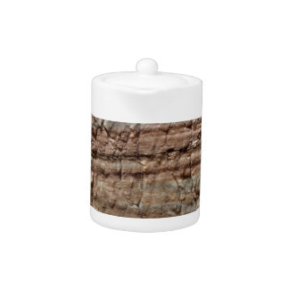 Oberfläche des Karbonatsfelsens mit