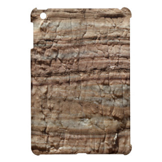 Oberfläche des Karbonatsfelsens mit iPad Mini Hülle
