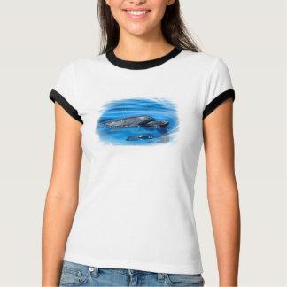 Oberflächendelphin T-Shirt