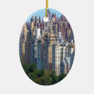 Oberleder-Ostseite NY Keramik Ornament