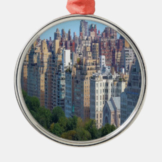 Oberleder-Ostseite NY Silbernes Ornament