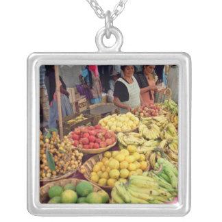 Obst- und Gemüse Stall Personalisierter Schmuck