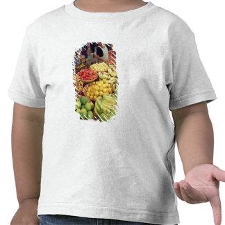 Obst- und Gemüse Stall Tshirts
