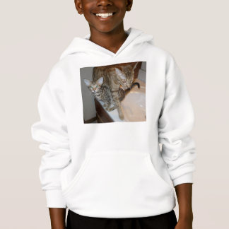 ocicat Tawny_kitten_with_cinnamon_mother Hoodie