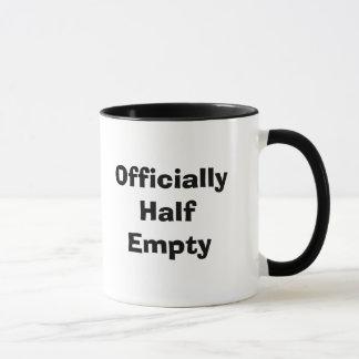 Offiziell halb leer tasse