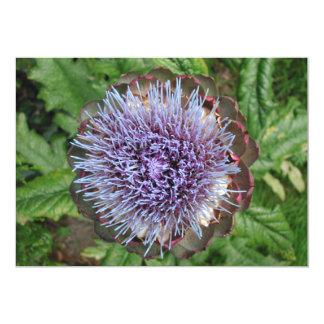 Öffnen Sie Artischocken-Blume. Purpurrot Personalisierte Ankündigungskarten
