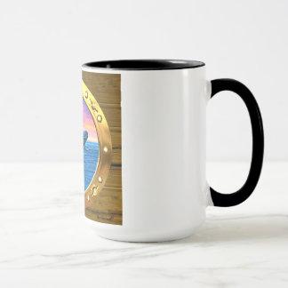 Öffnungs-Ansicht eines durchbrechenden Wals Tasse