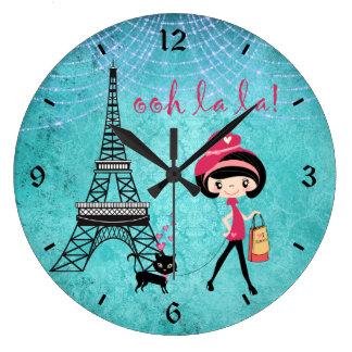 Oh La-La-Parismädchen und -katze mit Eiffelturm Große Wanduhr