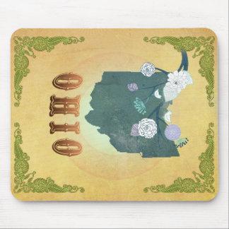 Ohio-Karte mit reizenden Vögeln Mousepads