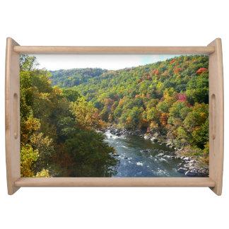 Ohiopyle Fluss dem Herbst in des Fall-II Tablett