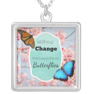 Ohne Änderung keine Schmetterlings-Kirschblüten Versilberte Kette