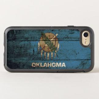 Oklahoma-Staats-Flagge auf altem hölzernem Korn OtterBox Symmetry iPhone 8/7 Hülle