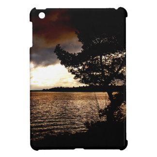 Oktober-Ufergegend iPad Mini Hülle