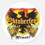Oktoberfest Bier-trinkende Team-Shirts und Geschen Runder Sticker