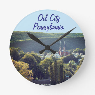Öl-Stadtzeit Runde Wanduhr