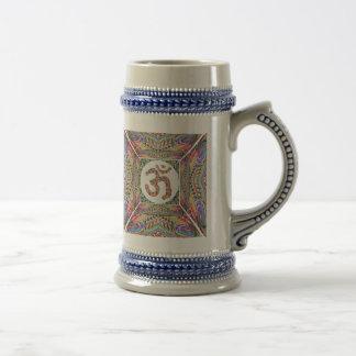 OM-Beschwörungsformel-Juwel-Sammlung Bierglas
