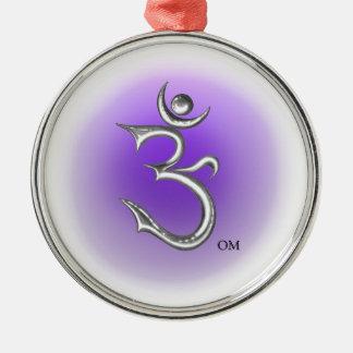 OM - Schön entworfenes OM-Symbol Silbernes Ornament