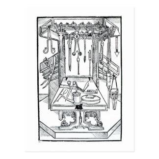 Operationstisch und chirurgische Instrumente, von Postkarte