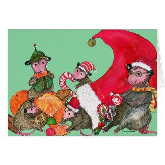 Opossum-lustige Weihnachtskarte, genießend auf Karte