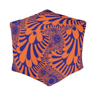 Orange blauer Schleifen-Würfel-Puff Hocker