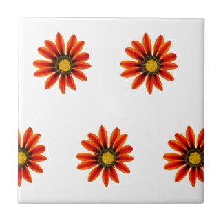 Orange Blumen-Muster Fliese