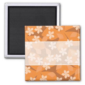 Orange Blumen. Retro Blumenmuster Quadratischer Magnet