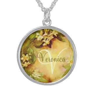 Orange Blüten-Initialen-Halskette Sterlingsilber Halskette