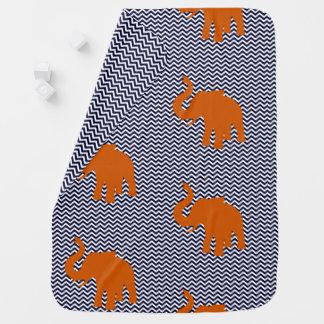 Orange Elefant mit blauem Zickzack-Hintergrund Puckdecke