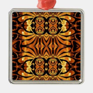 Orange flammt Stammes- Muster des gebürtigen Quadratisches Silberfarbenes Ornament
