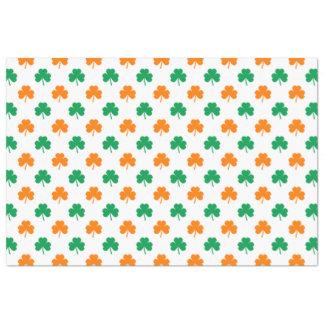 Orange grüne Herz-Förmige Kleeblätter auf Weiß Seidenpapier