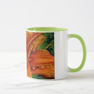 Orange Lilien-Blumen-Kaffee-Tasse Tasse