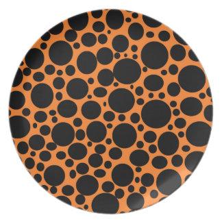 Orange Meer der schwarzen Blasen-Platte Flache Teller
