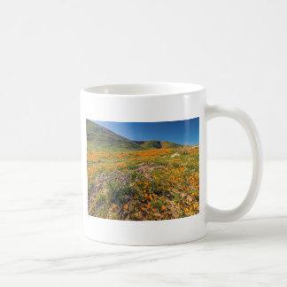 Orange Mohnblumen-Felder Kaffeetasse